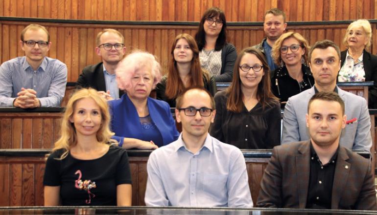 gazeta_351_stowarzyszenie_absolwentow