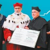 28 marca 2018 r. Senat Szkoły Głównej Handlowej w Warszawie nadał tytuł doktora honoris causa profesorowi Fransowi Willekensowi. Uroczystość wręczenia dyplomu odbyła się 23 maja 2018 r. w Auli Głównej SGH.