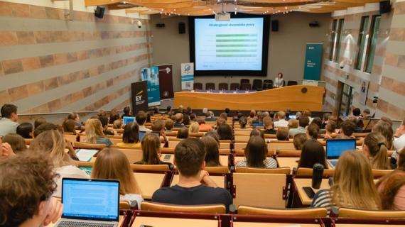 """2019.10.21 konferencja """"Praca w banku ma przyszłość"""""""