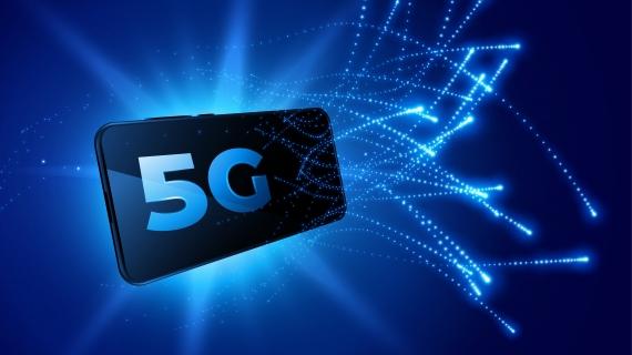 https://pl.freepik.com/darmowe-wektory/technologia-mobilna-sieci-telekomunikacyjnej-piatej-generacji-tlo_8413202.htm#page=2&query=telekomunikacja&position=35