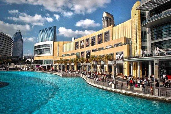 https://pl.tripadvisor.com/Attraction_Review-g295424-d1210327-Reviews-The_Dubai_Mall-Dubai_Emirate_of_Dubai.html#photos;aggregationId=101&albumid=101&filter=7&ff=227281946